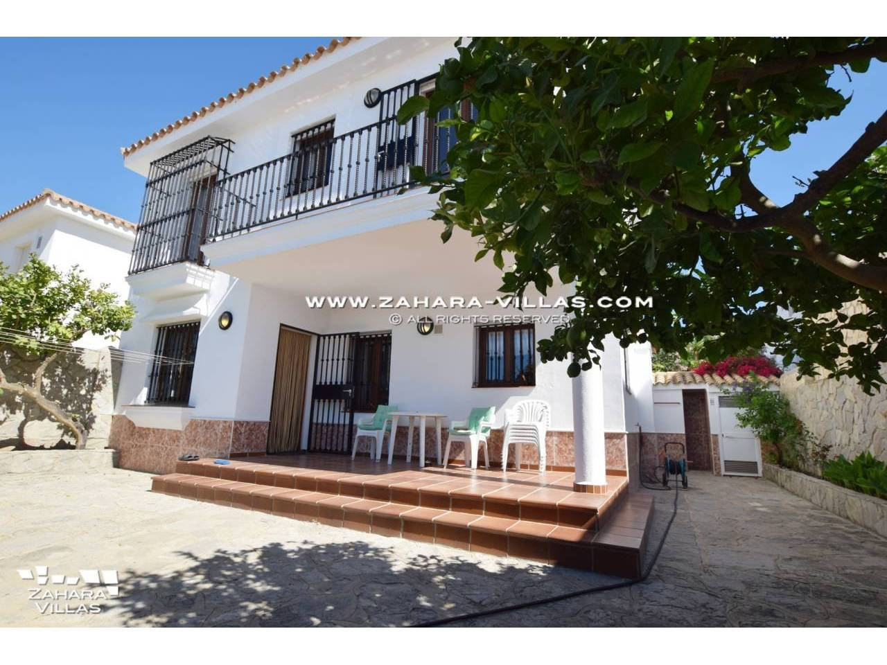 Imagen 19 de House for sale on the front beach, with sea views in Zahara de los Atunes