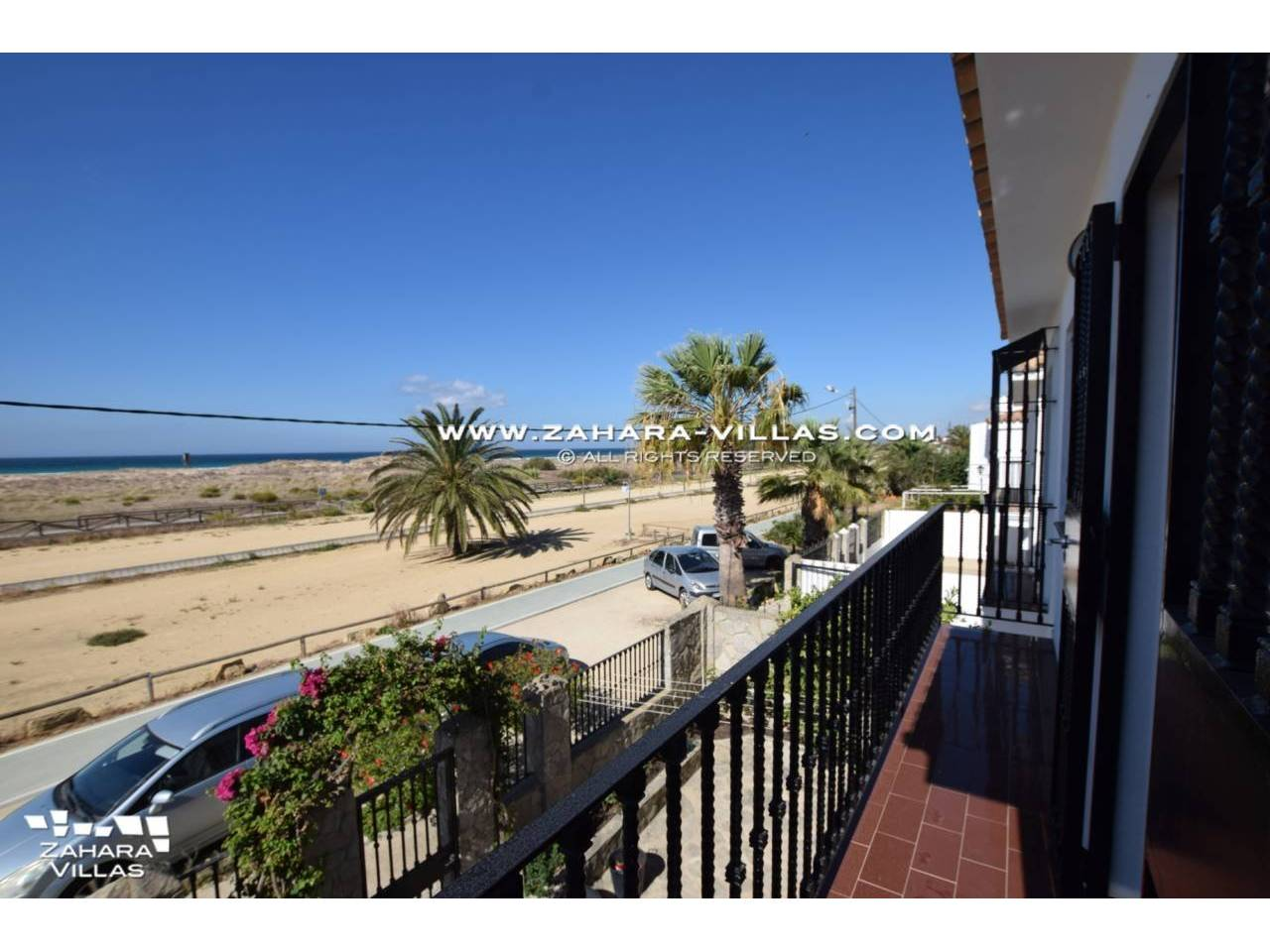 Imagen 20 de House for sale on the front beach, with sea views in Zahara de los Atunes
