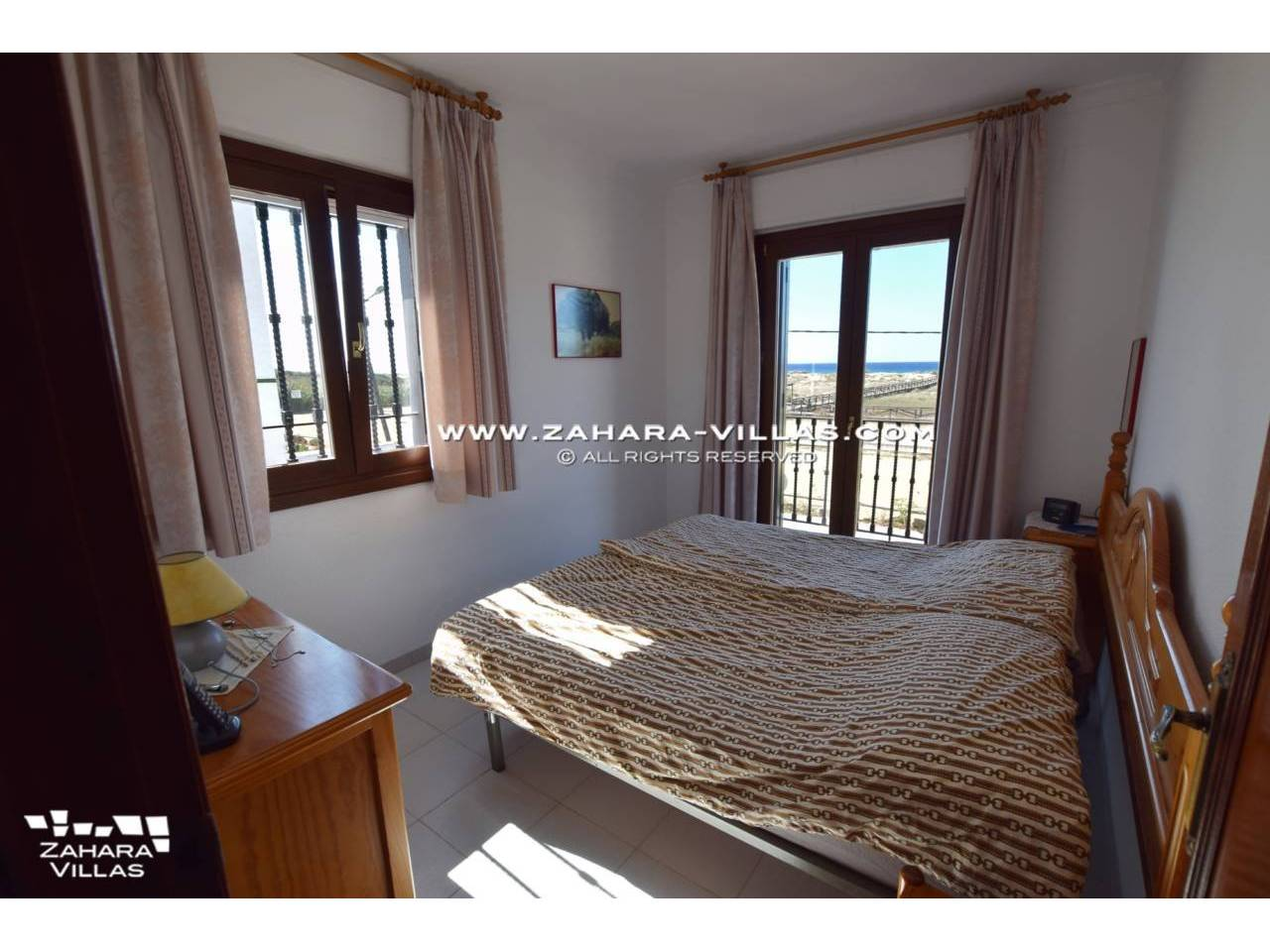 Imagen 6 de House for sale on the front beach, with sea views in Zahara de los Atunes