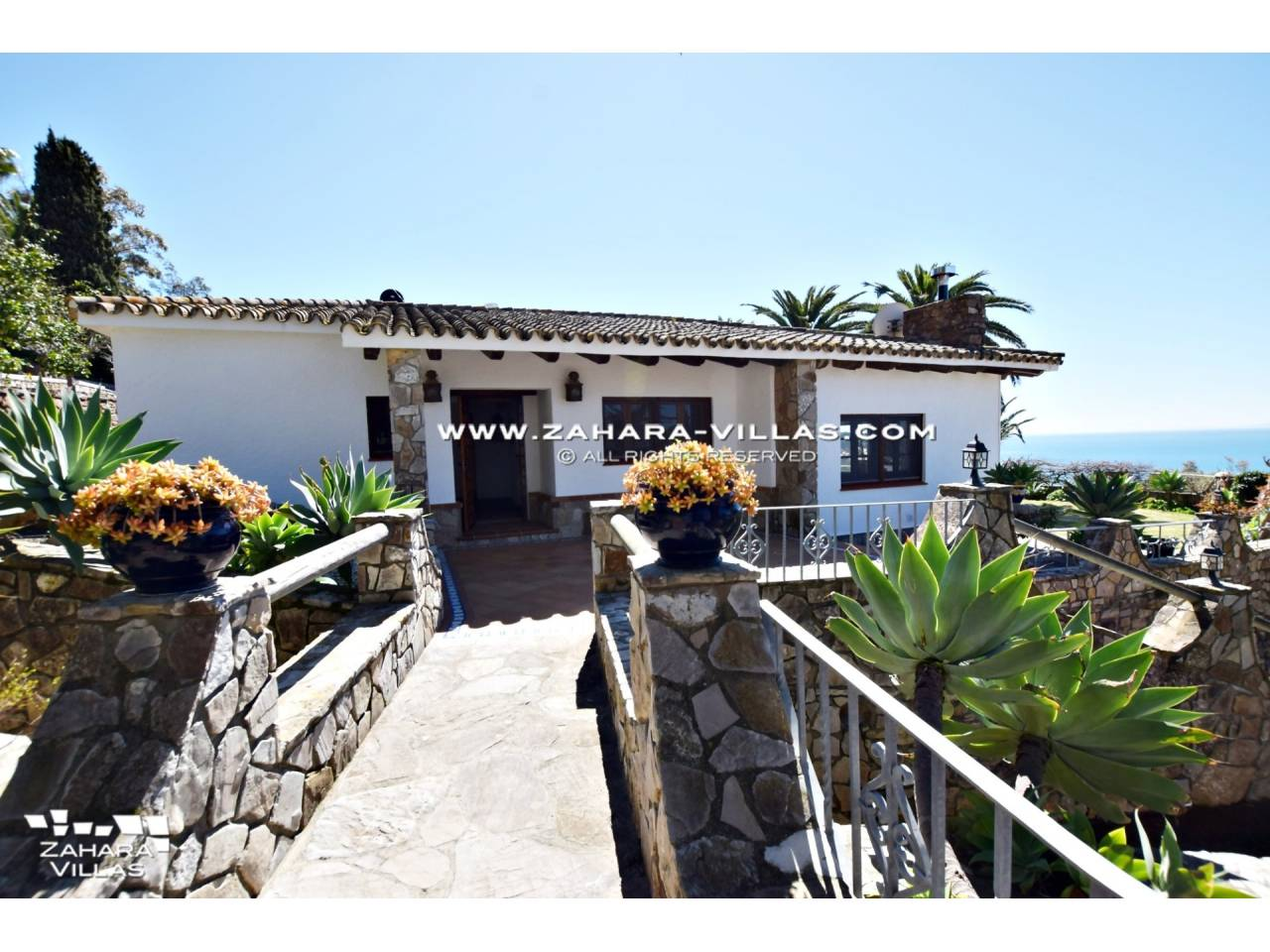 Imagen 21 de Wonderful villa for sale in the upper area of the Atlanterra mountain
