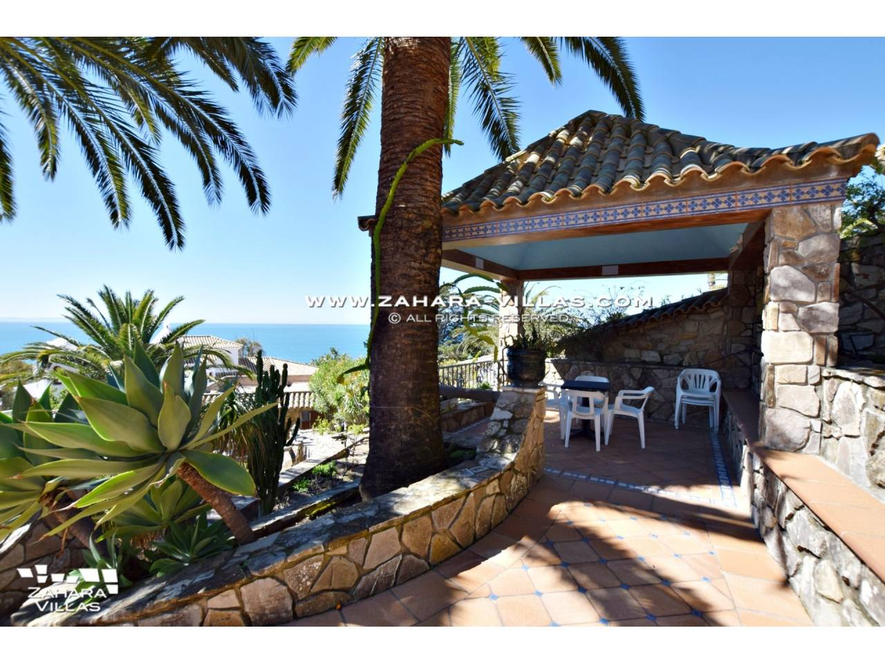 Imagen 3 de Wonderful villa for sale in the upper area of the Atlanterra mountain