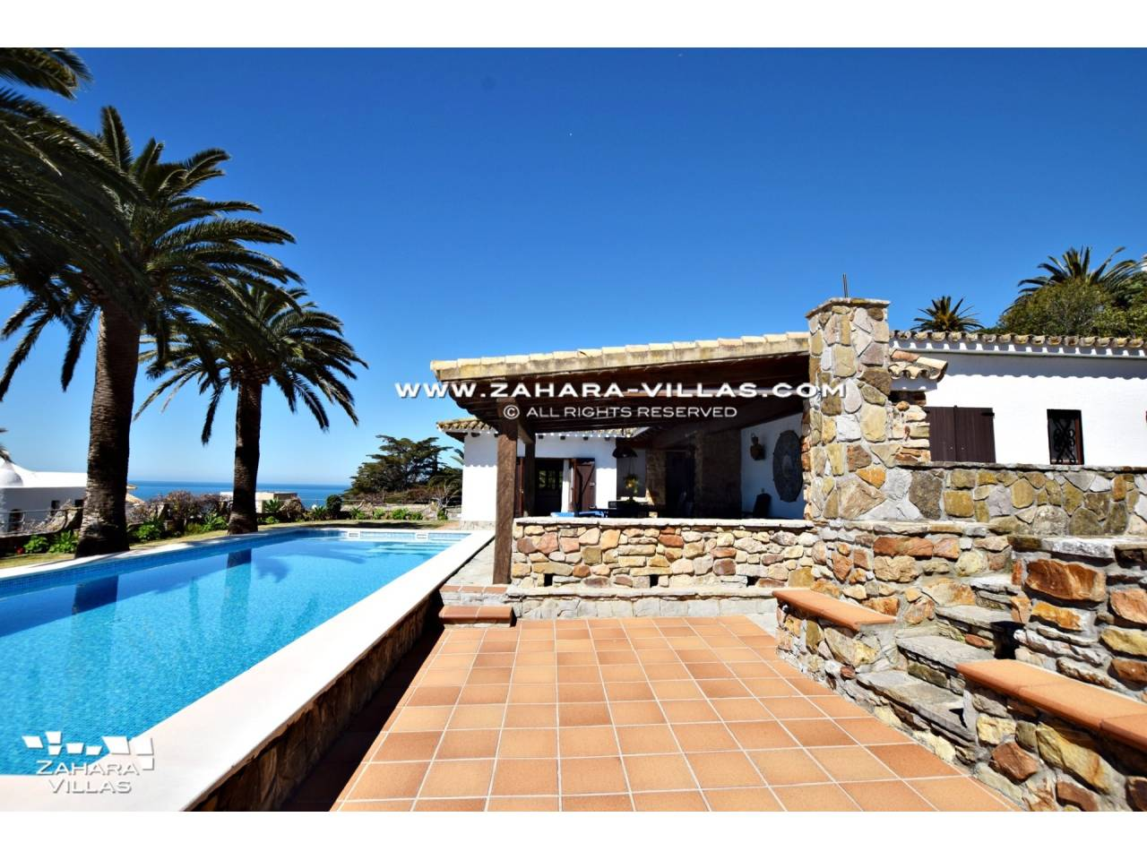 Imagen 4 de Wonderful villa for sale in the upper area of the Atlanterra mountain