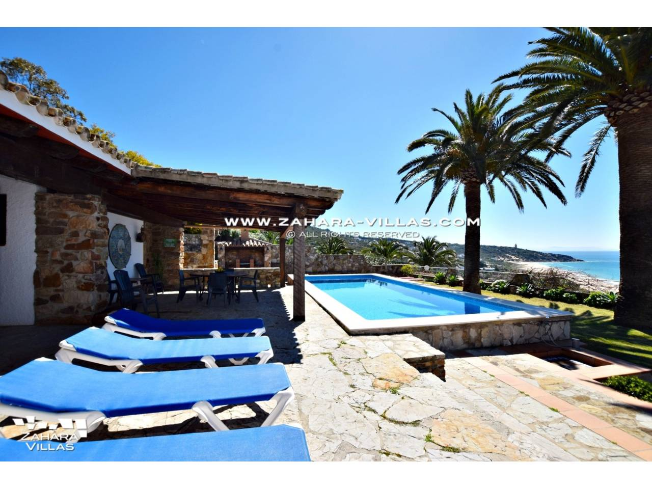 Imagen 28 de Wonderful villa for sale in the upper area of the Atlanterra mountain