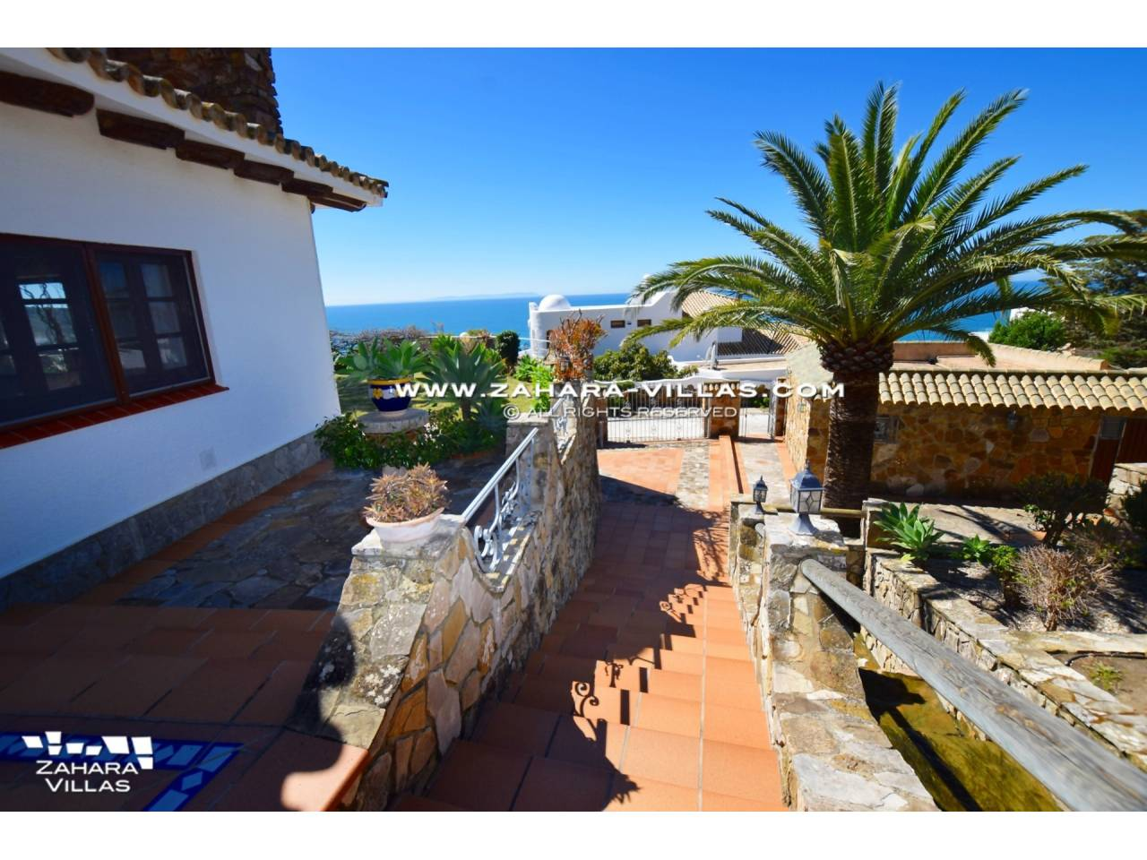 Imagen 8 de Wonderful villa for sale in the upper area of the Atlanterra mountain