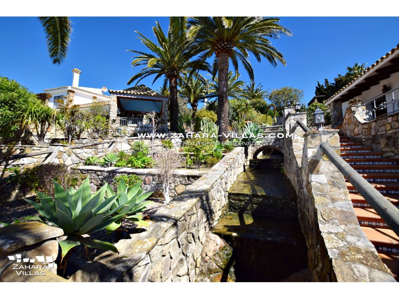 Imagen 34 de Wonderful villa for sale in the upper area of the Atlanterra mountain