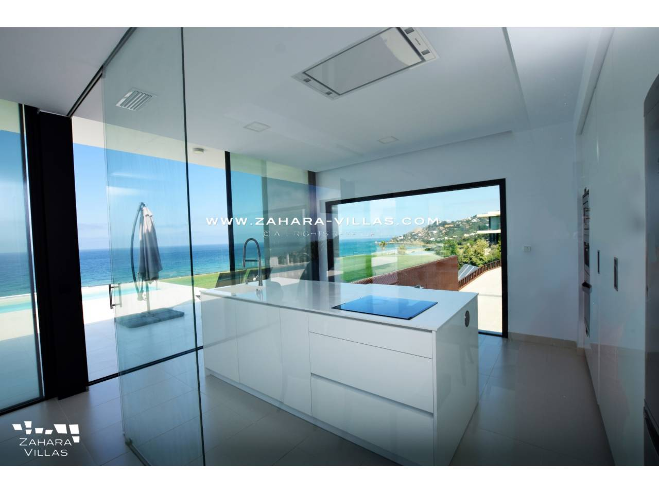 Imagen 18 de Villa for sale in Atlanterra