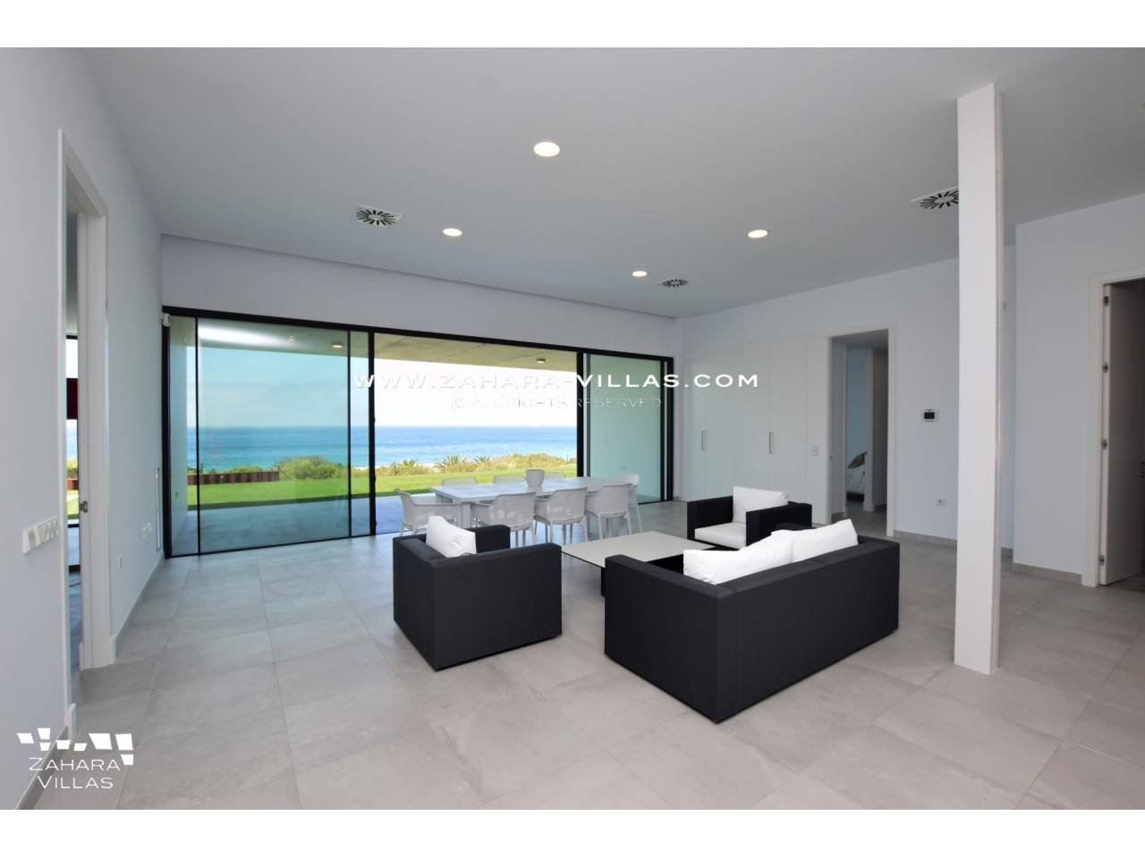 Imagen 34 de Villa for sale in Atlanterra