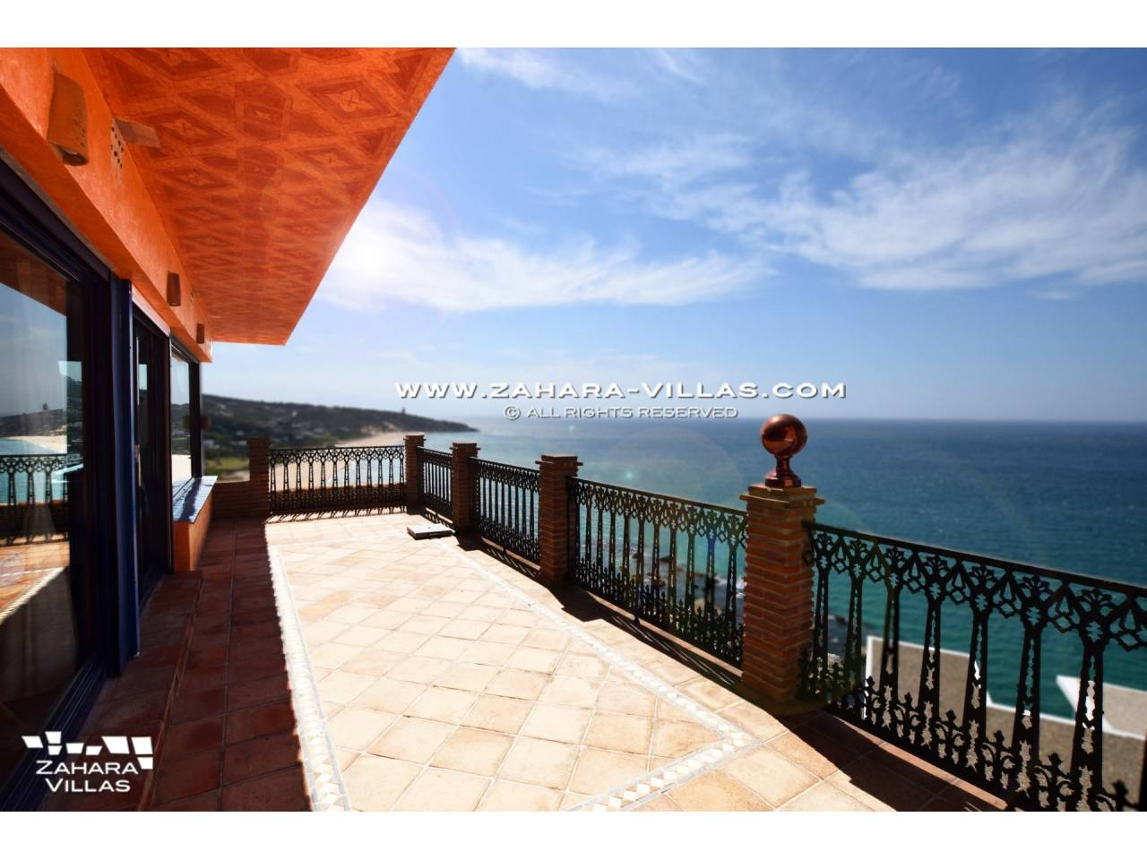 Imagen 38 de Villa for sale in Atlanterra