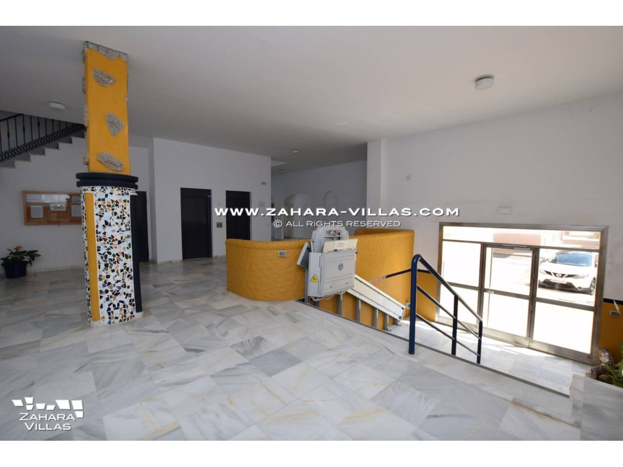 Imagen 41 de Estupendo Apartamento con vistas al mar en venta en Zahara de los Atunes