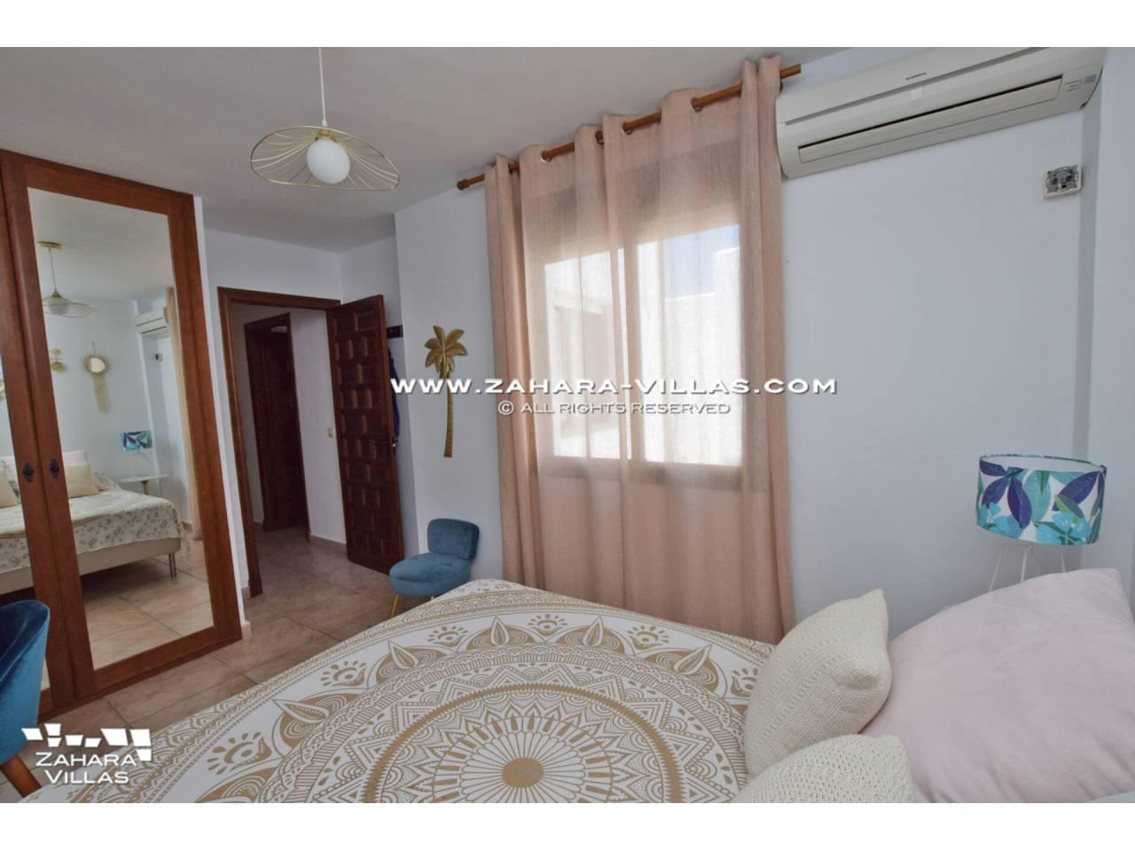 Imagen 28 de Casa Adosada con vistas al mar en venta en Urb. Jardines de Zahara