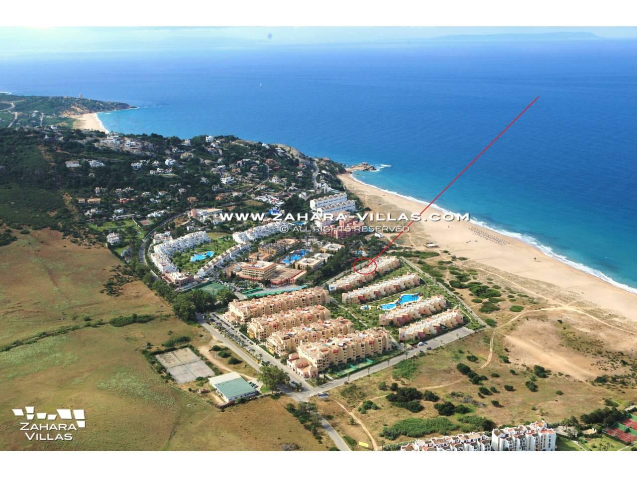 Imagen 15 de Casa Adosada con vistas al mar en venta en Urb. Jardines de Zahara