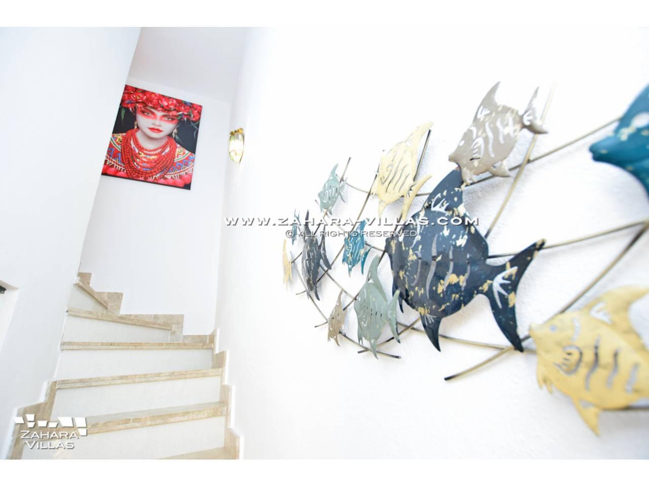 Imagen 13 de Casa Adosada con vistas al mar en venta en Urb. Jardines de Zahara