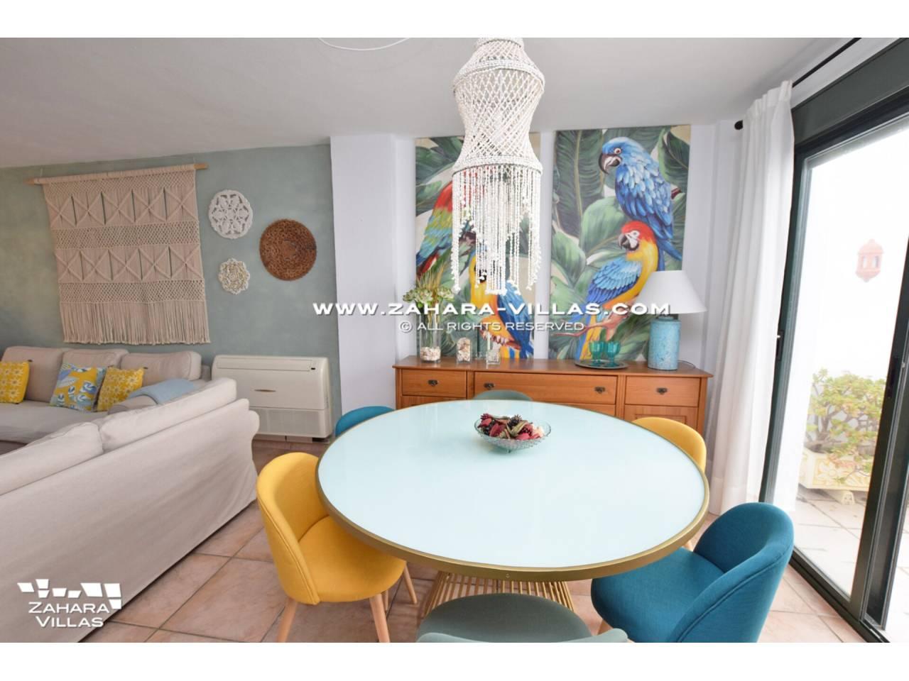Imagen 14 de Casa Adosada con vistas al mar en venta en Urb. Jardines de Zahara