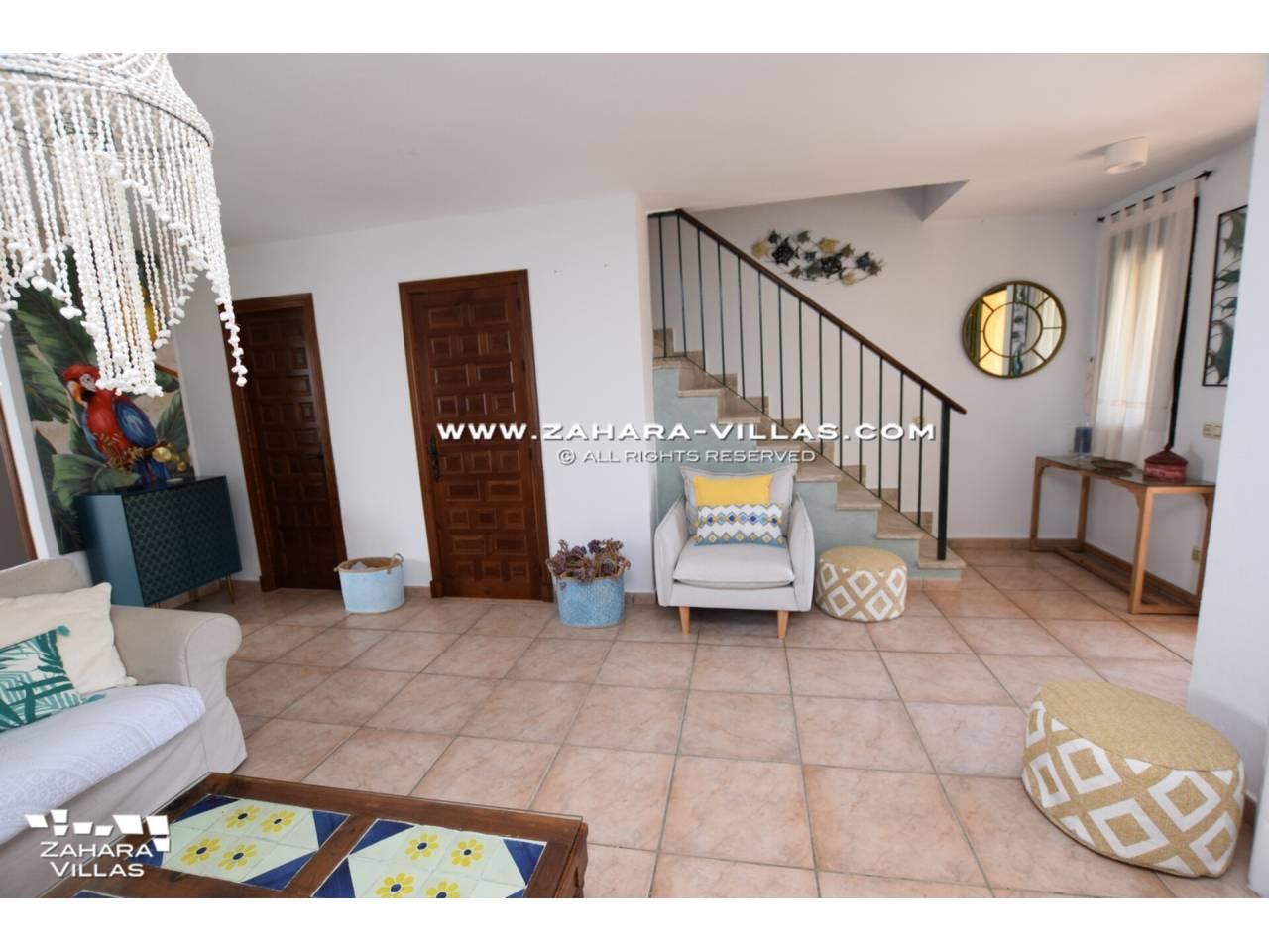 Imagen 8 de Casa Adosada con vistas al mar en venta en Urb. Jardines de Zahara