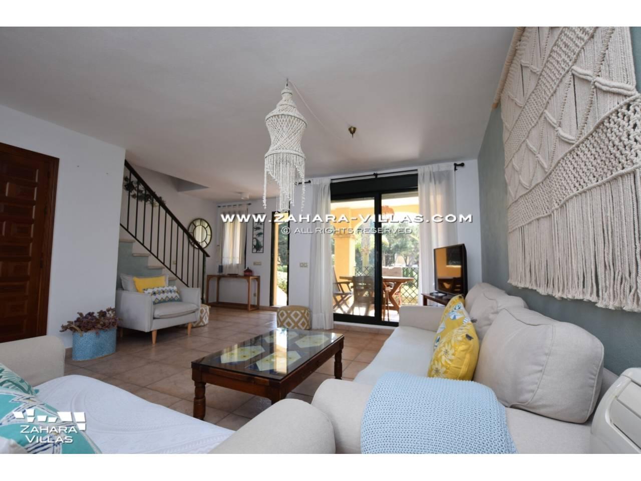 Imagen 7 de Casa Adosada con vistas al mar en venta en Urb. Jardines de Zahara