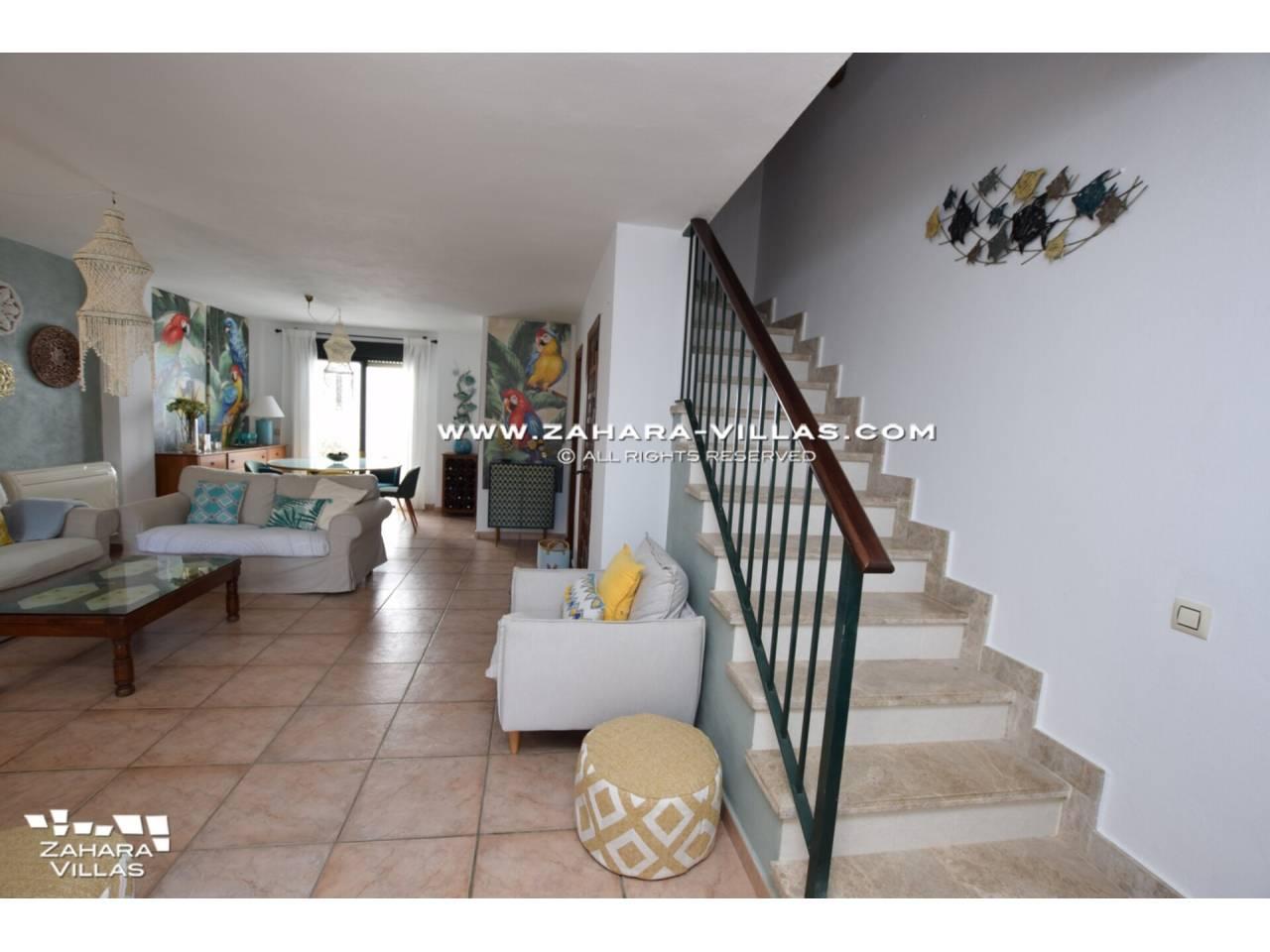 Imagen 5 de Casa Adosada con vistas al mar en venta en Urb. Jardines de Zahara