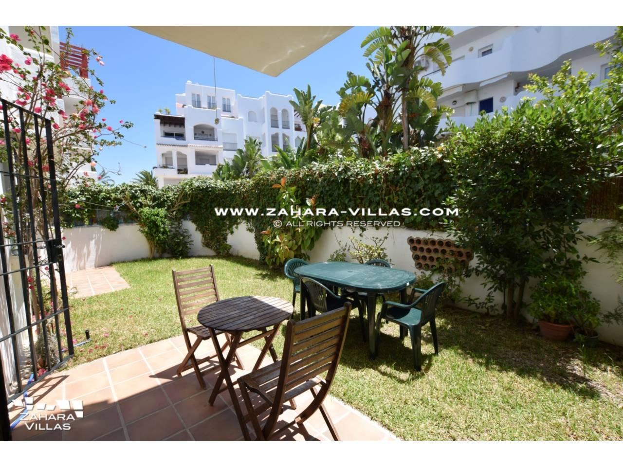 Imagen 15 de Apartamento con Jardín privado en venta  en Urb. Bahia de la Plata