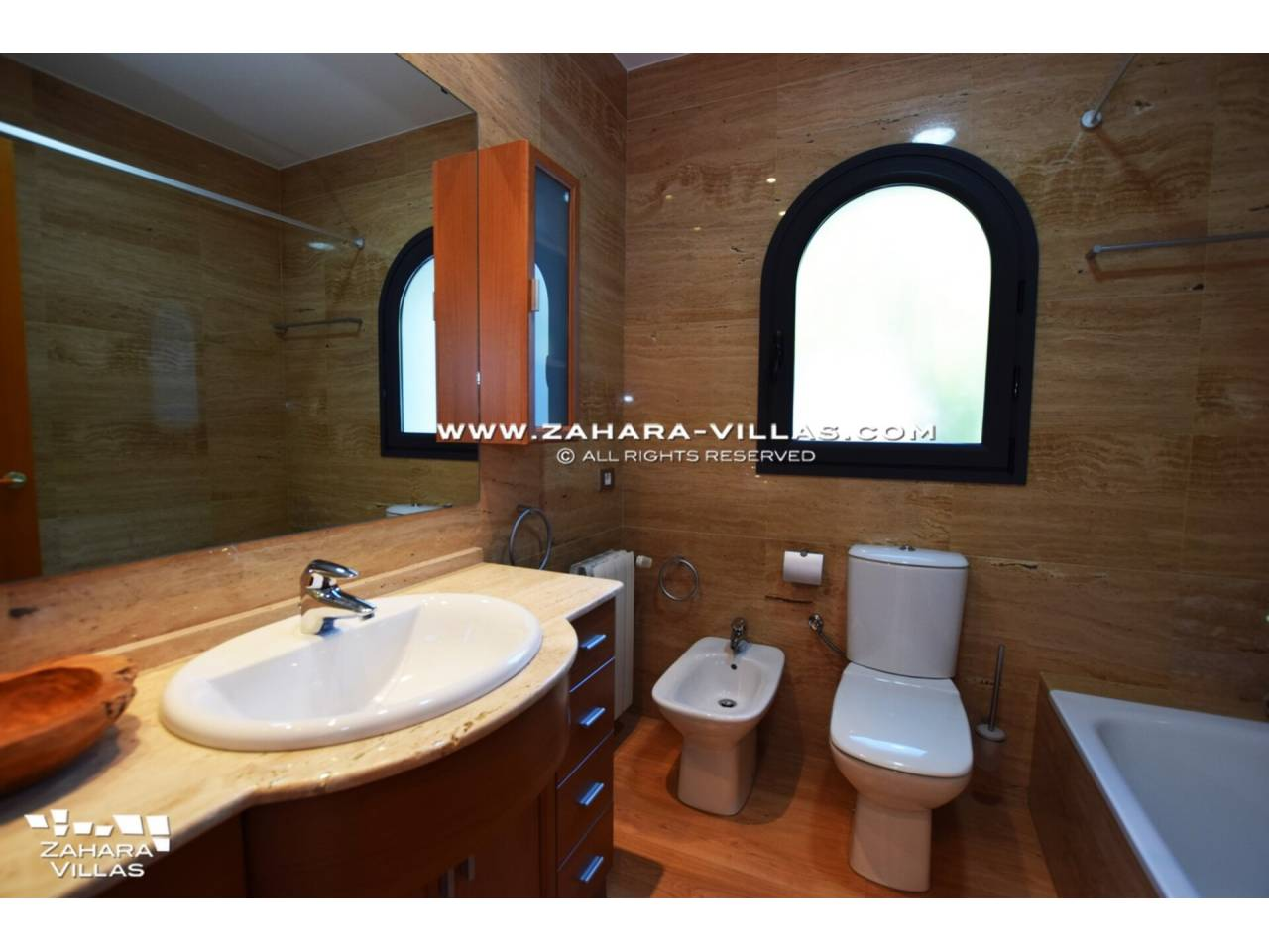 Imagen 32 de Wonderful Villa for sale in Playa de los Alemanes - Atlanterra