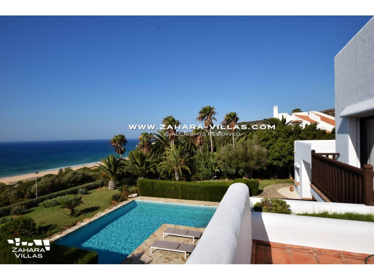 Imagen 43 de Maravilloso Chalet en venta en la zona del Faro Camarinal con vistas panorámicas a la Playa de los Alemanes