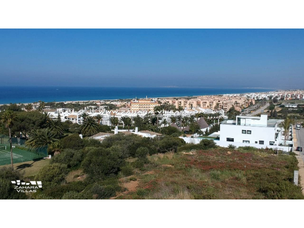 Imagen 2 de Plot in a new residential area overlooking the Sea and the future Golf Course
