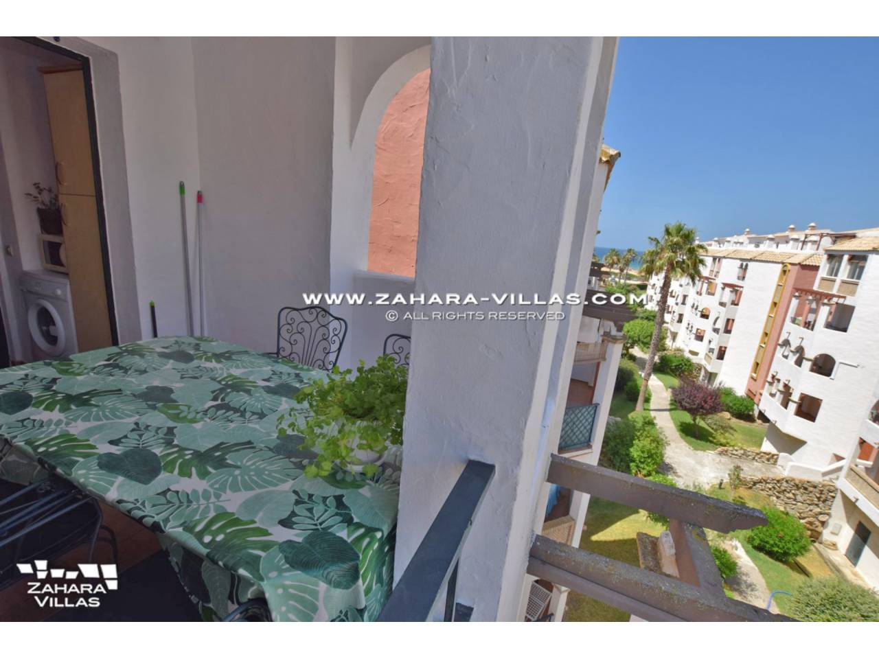 Imagen 19 de Duplex Penthouse in Urb. Atlanterra Sol