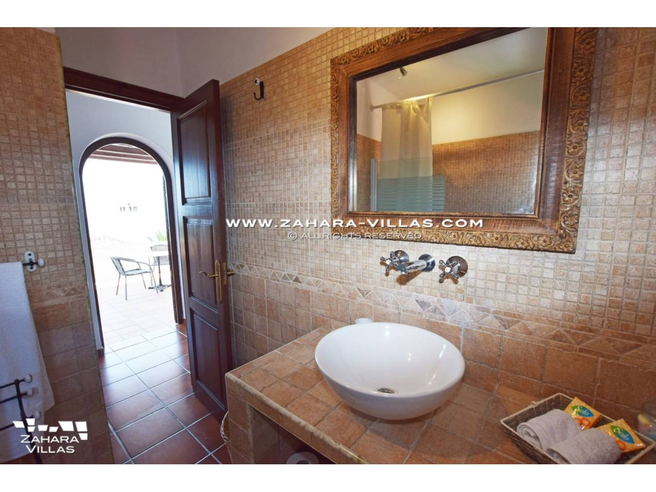 Imagen 18 de Wonderful Villa for sale in Atlanterra-Zahara de los Atunes