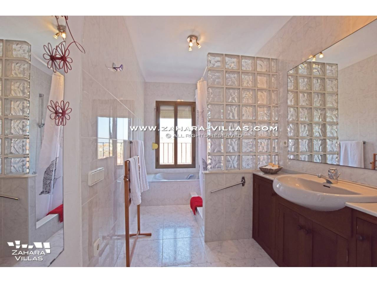 Imagen 10 de Wonderful Villa for sale in Atlanterra-Zahara de los Atunes