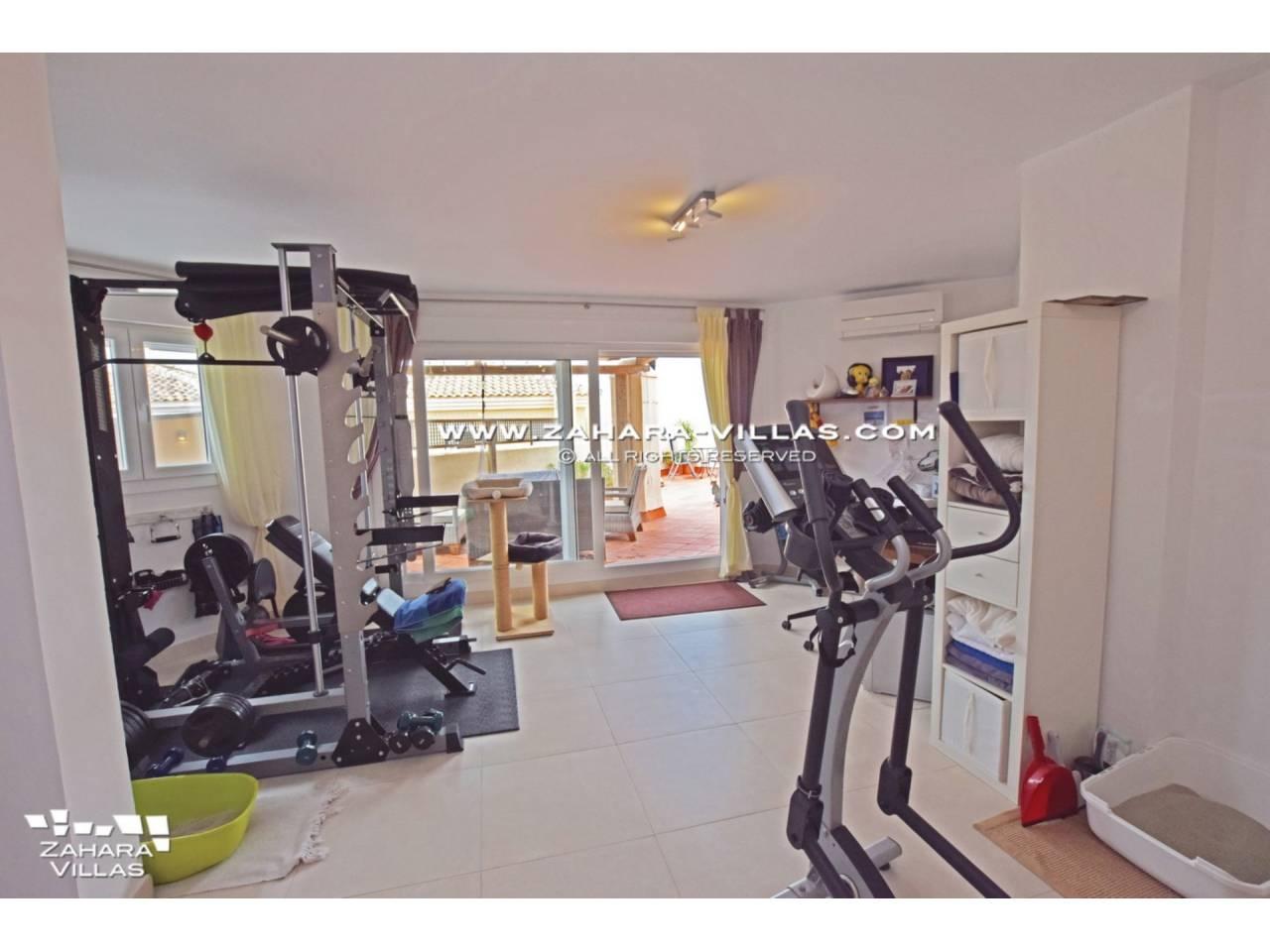 Imagen 31 de Penthouse appartment reformed for sale in Costa de la Luz