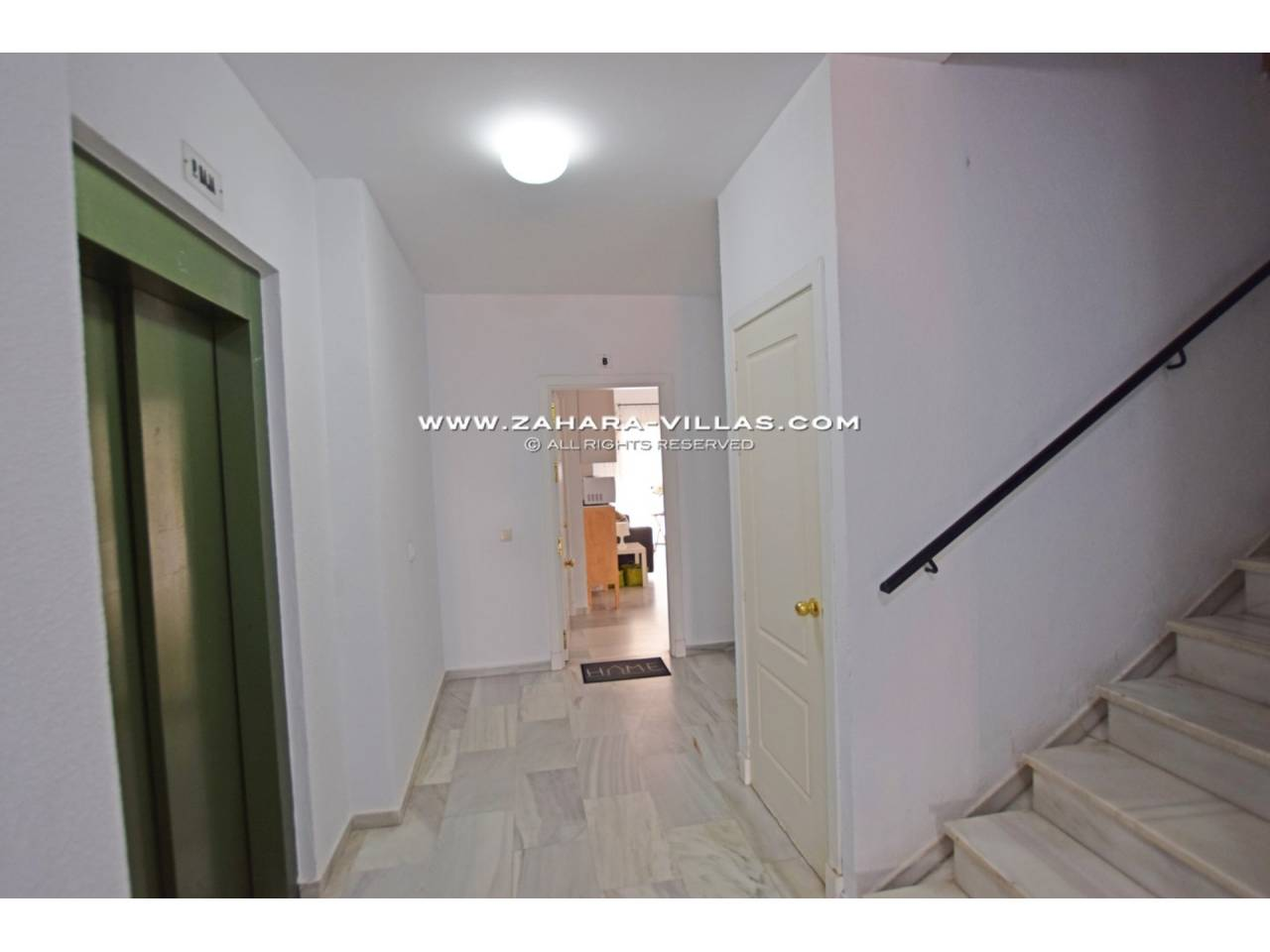 Imagen 17 de Apartment for sale in Zahara de los Atunes