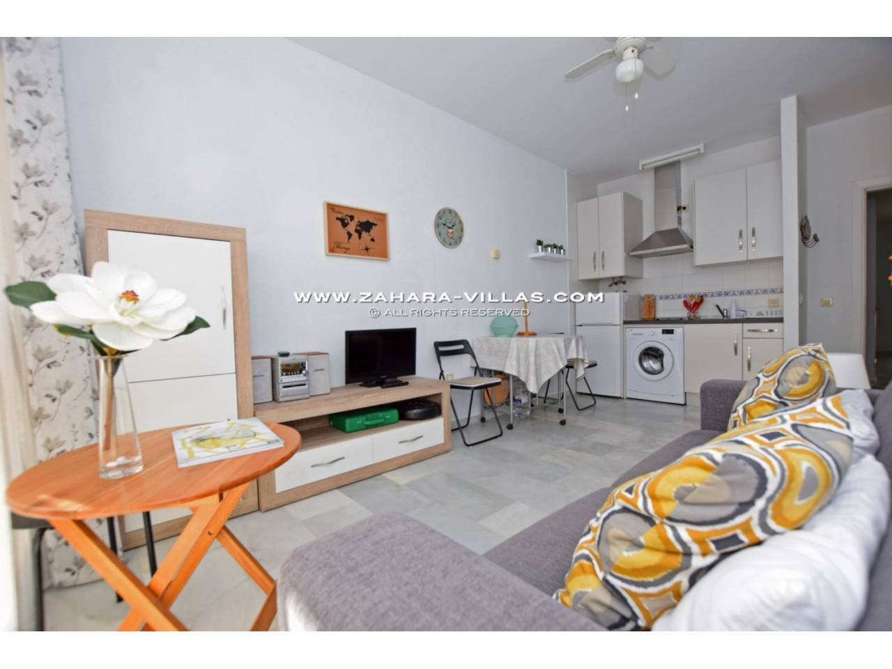 Imagen 11 de Apartment for sale in Zahara de los Atunes