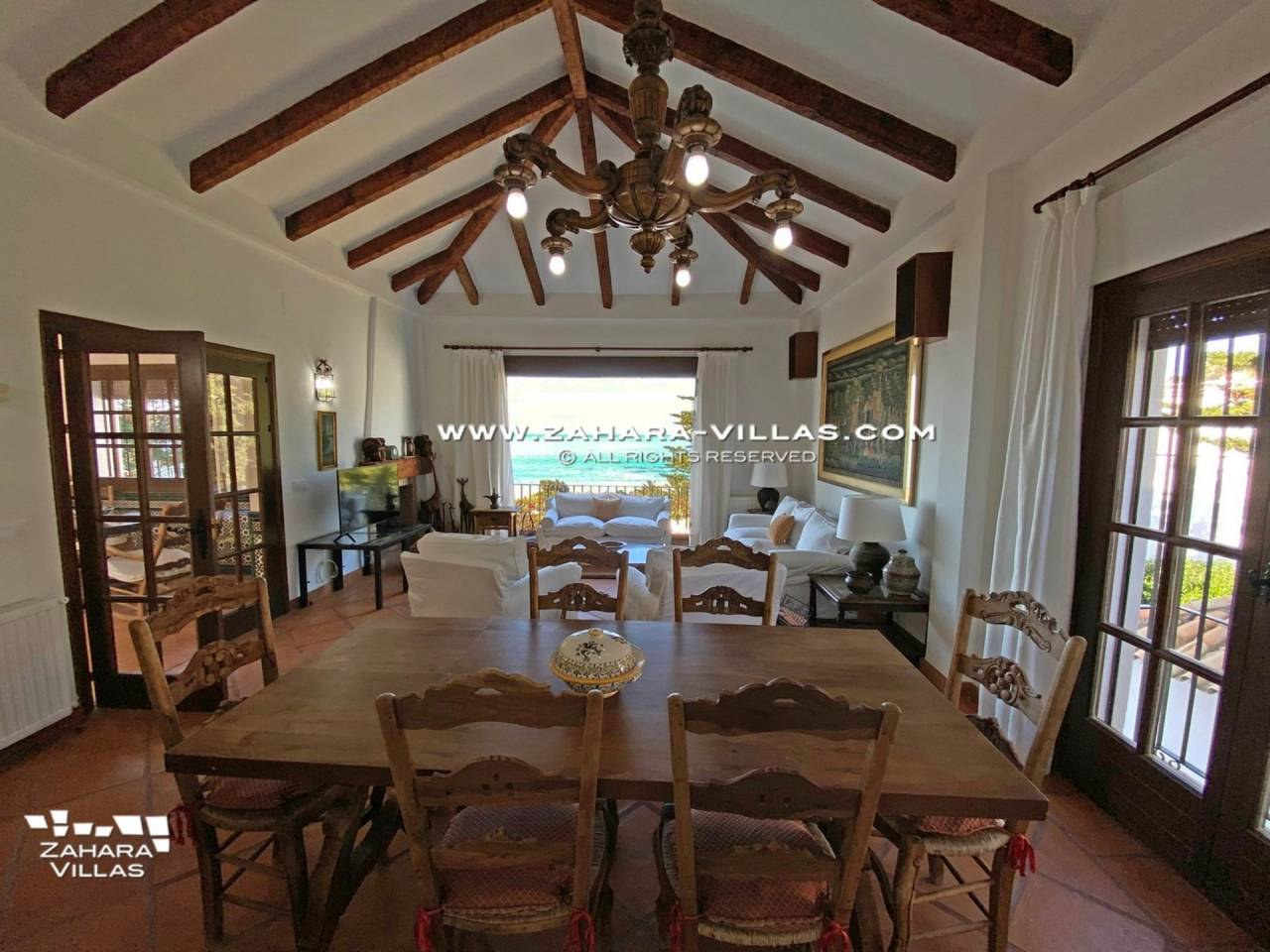 Imagen 28 de Magnificent Beachfront Villa 5 Bedrooms