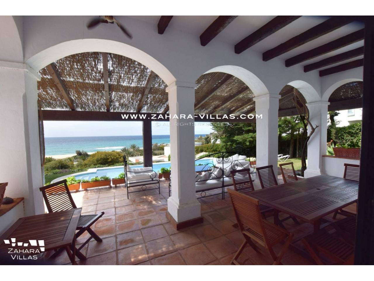 Imagen 31 de Magnificent Beachfront Villa 5 Bedrooms