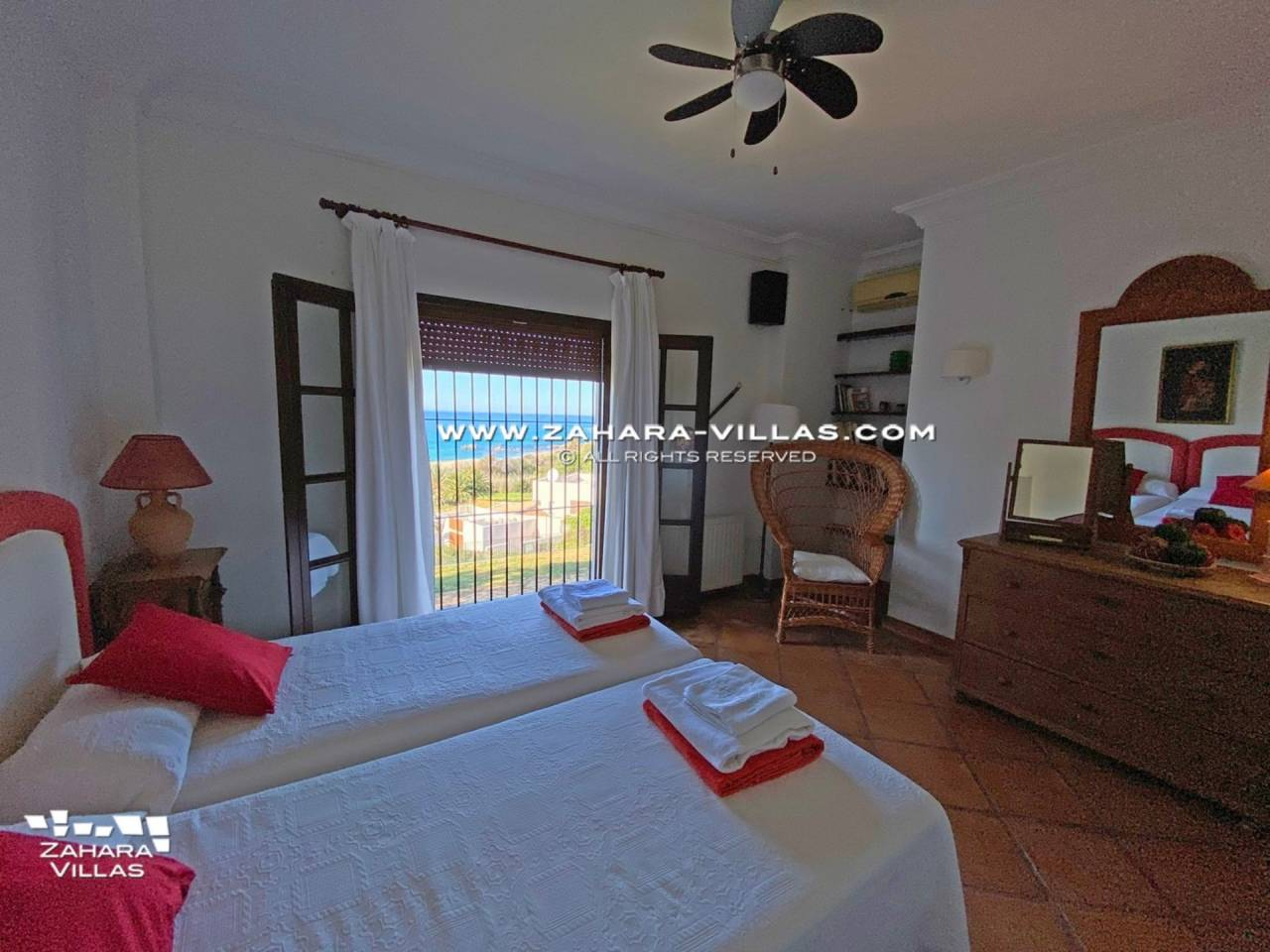 Imagen 34 de Magnificent Beachfront Villa 5 Bedrooms