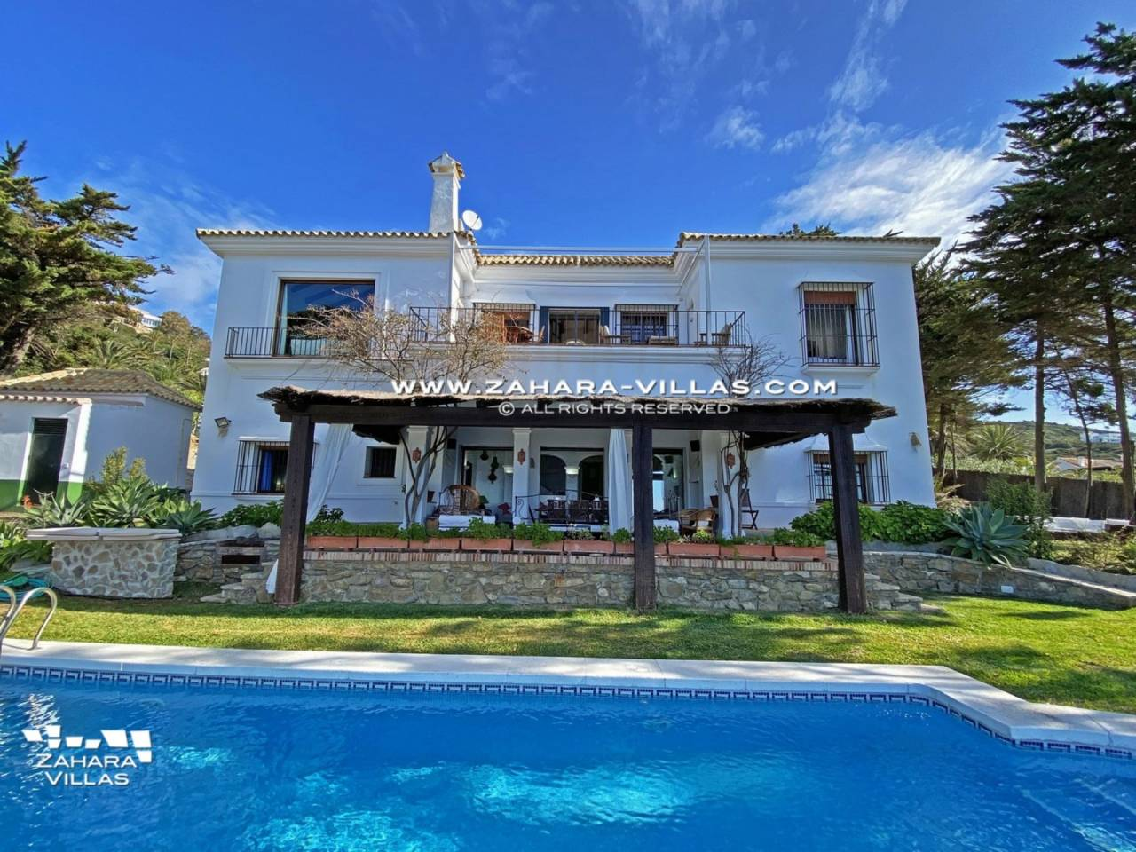 Imagen 6 de Magnificent Beachfront Villa 5 Bedrooms