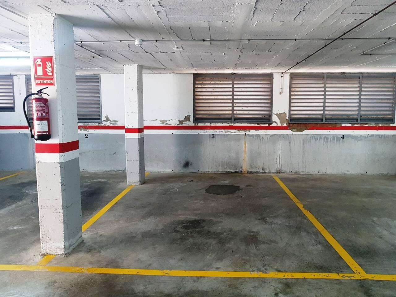Parking / Barcelona / Cubelles / Les Salines-Clot del Bassó-Mota de Sant Pere