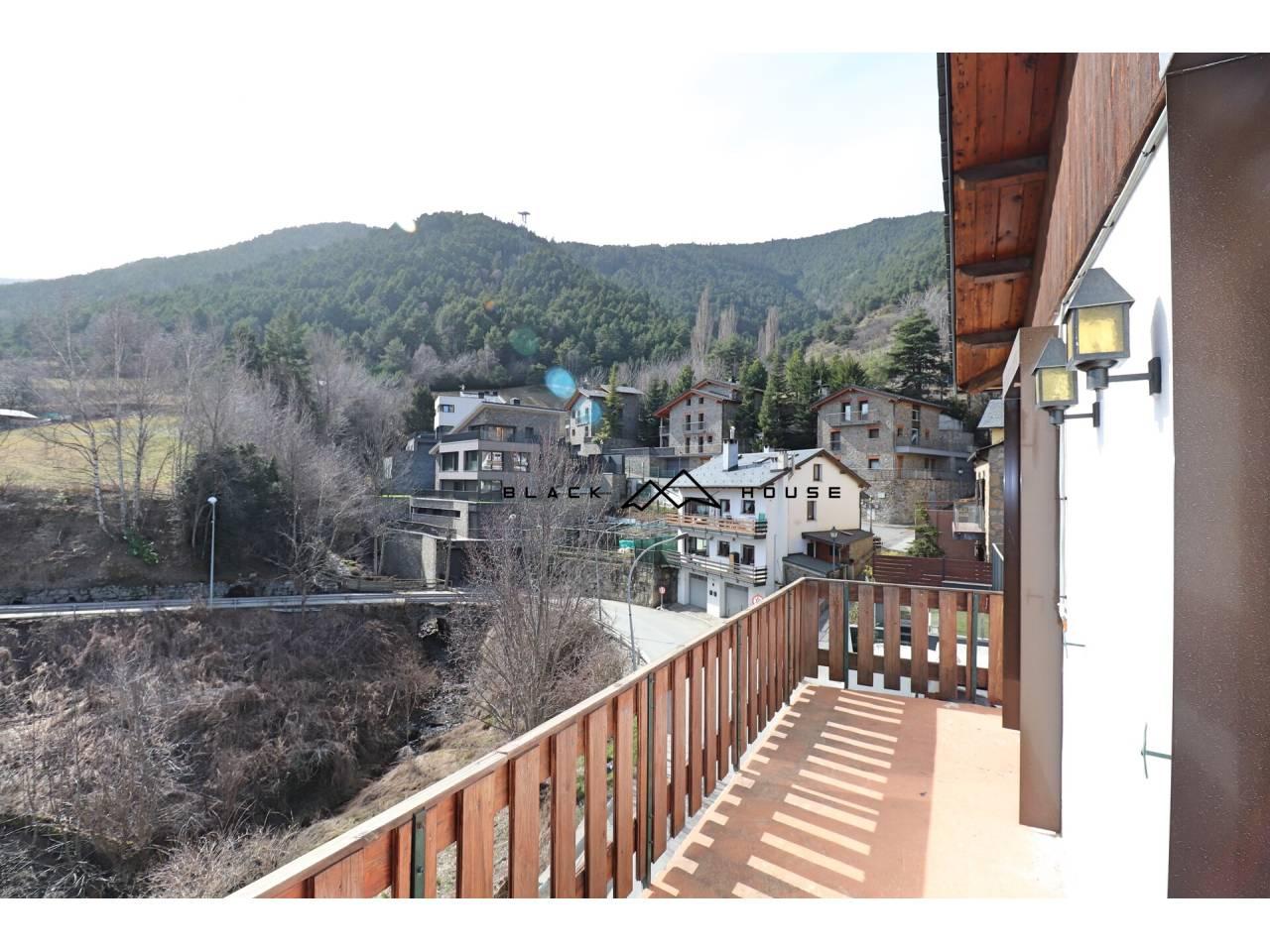 Casa a la venda en estupenda i assolellada zona d'Escàs, a La Massana.