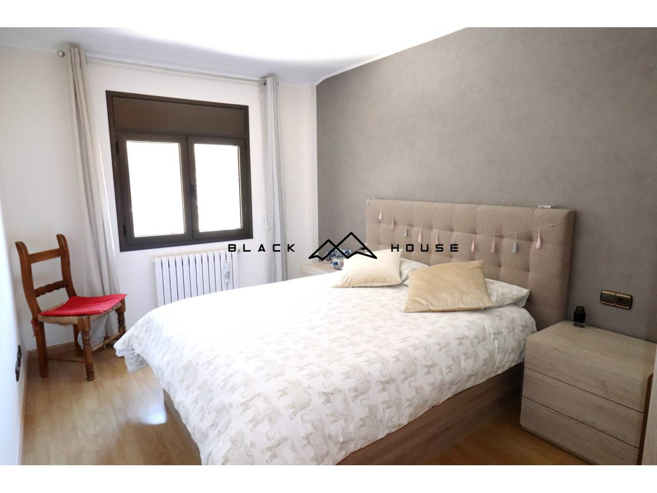 Cozy penthouse for sale in Escaldes with fabulous views