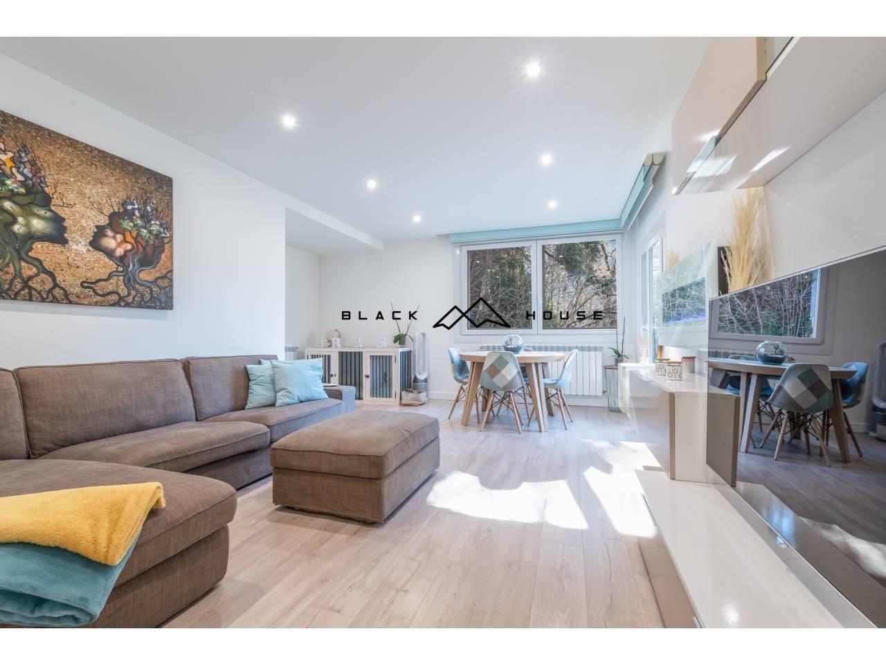 Fabulós dúplex per a vendre situat en zona residencial d´Escaldes.