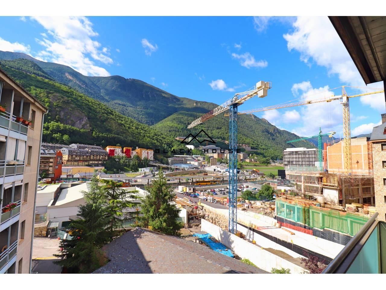 Espléndido piso de alquiler en el núcleo de Andorra la Vella