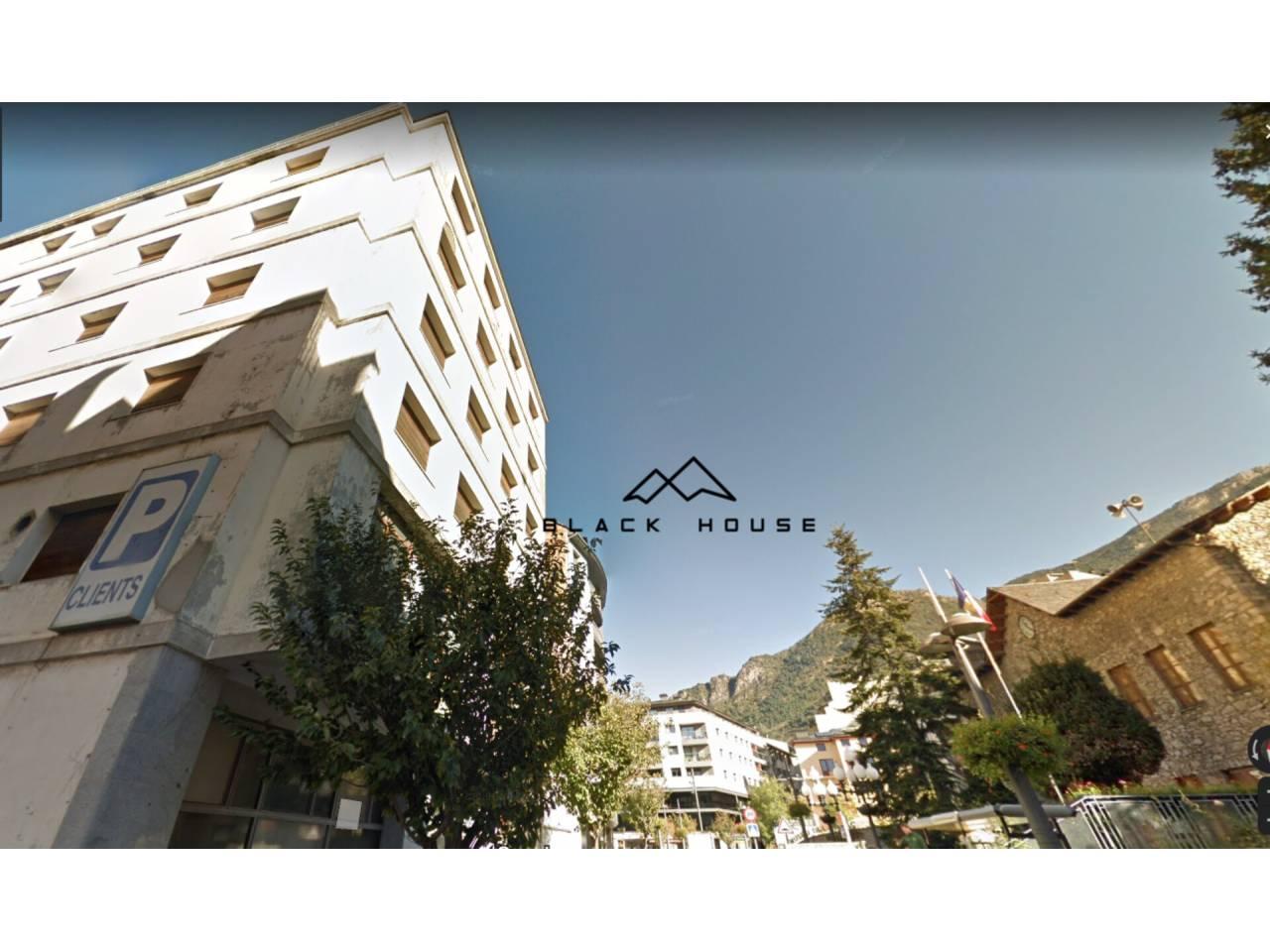 Edifici en venda en Sant Julià de Lòria