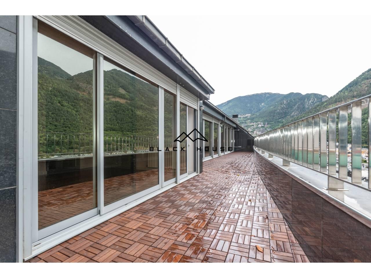 Fabulós àtic en venda al centre d'Andorra
