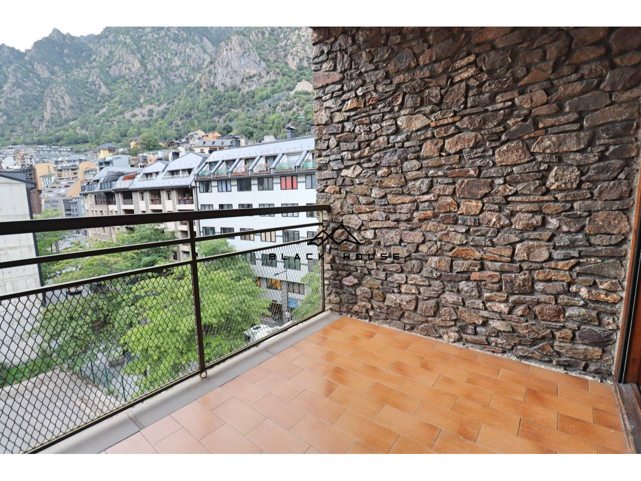 Fabulós pis en venda en avinguda comercial d'Andorra la Vella