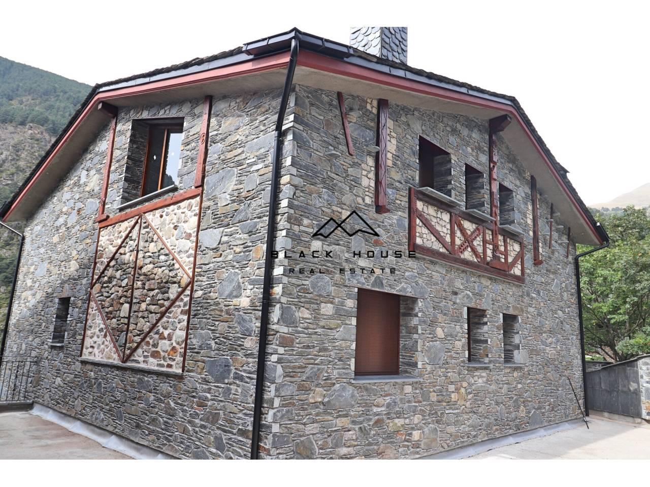 Maison de style rustique à vendre à Canillo.