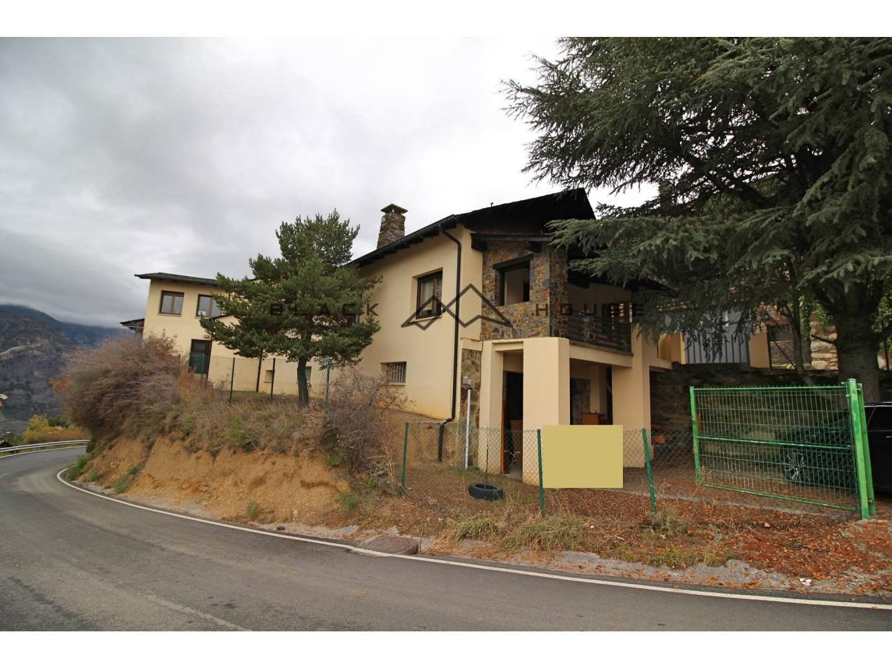 Casa unifamiliar en venda en Juberri