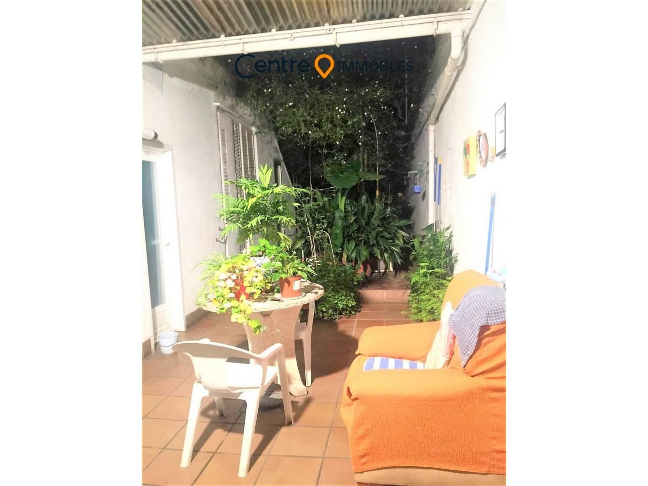 Bonita Casa, amplia con Garaje y una Terraza de 150 m2