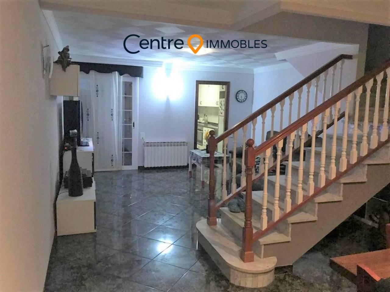 Casa en venta en Les Arenes-Can Montllor i la Grípia