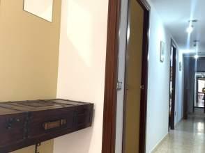 Piso en venta en Zona Hospital Sta Caterina de 2ª mano - 5911