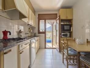 Casa adosada en venta en Constantins de 2ª mano - 5956