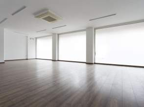 Oficina amb possibilitat de fer un pis en venda en Eixample de 2ª mà - 6022