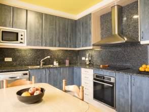Casa en venta en Banyoles de 2ª mano - 6131